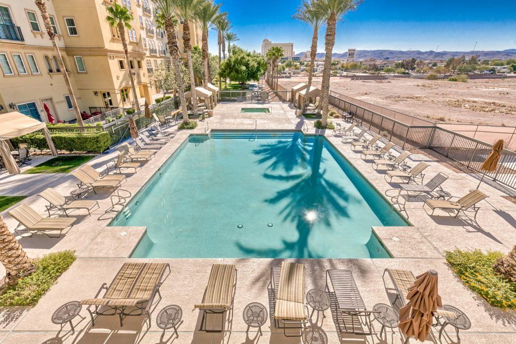 Boca-Raton-Las-Vegas-Condos-For-Sale-Pool