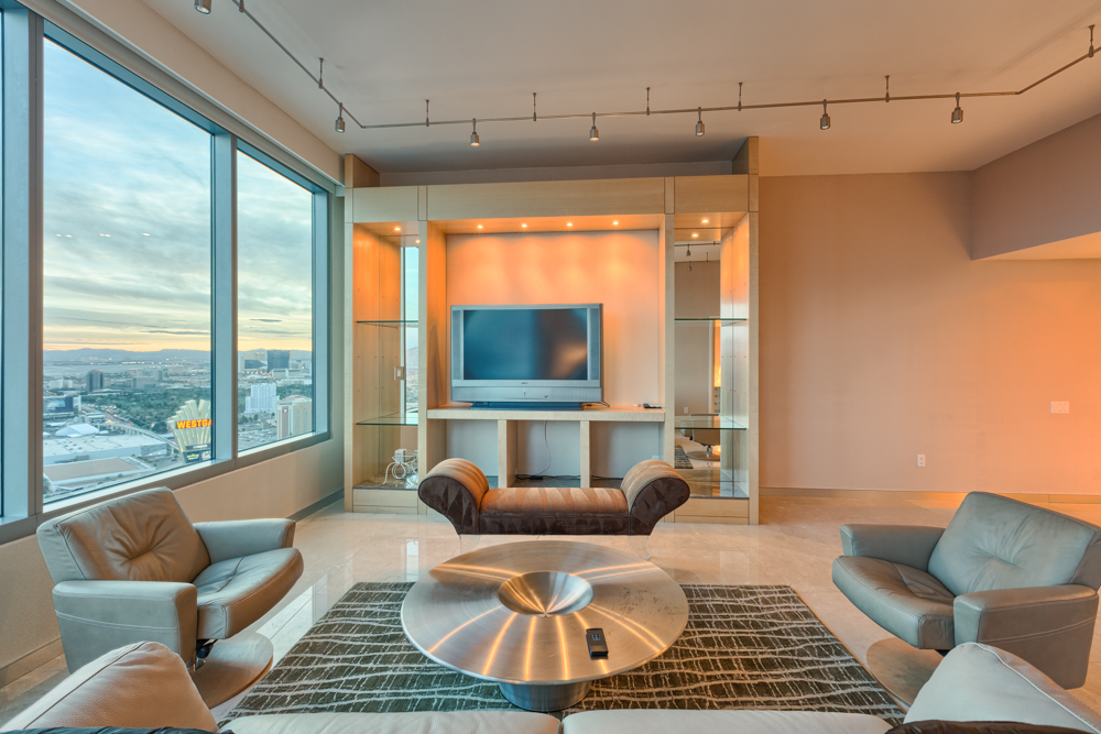 Las-Vegas-High-Rise-Condos-For-Sale-Turnberry-Towers