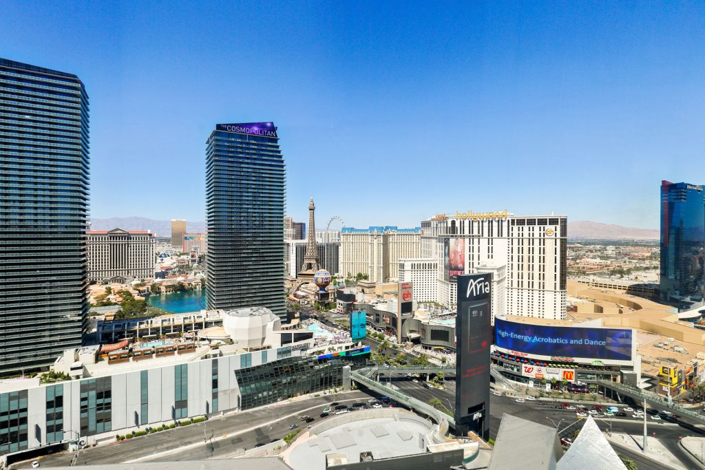 veer-2809-actual-view-the-stark-team-real-estate-vegas