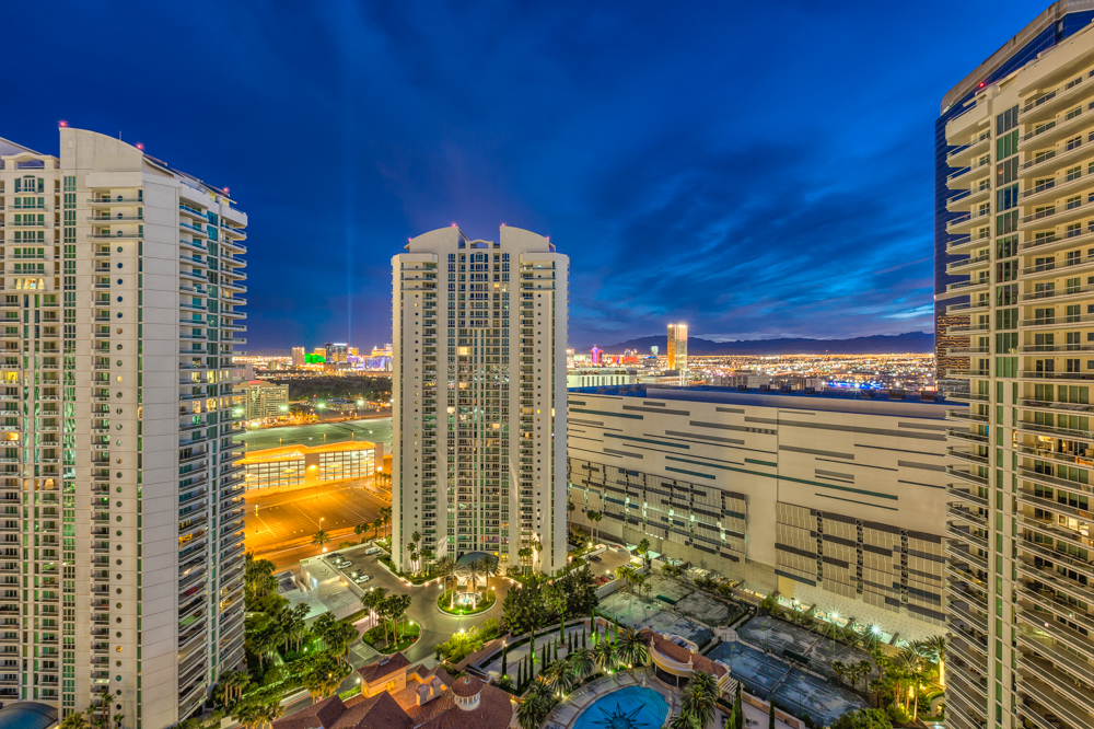 Turnberry-Place-Luxury-Condos-For-Sale-Las-Vegas