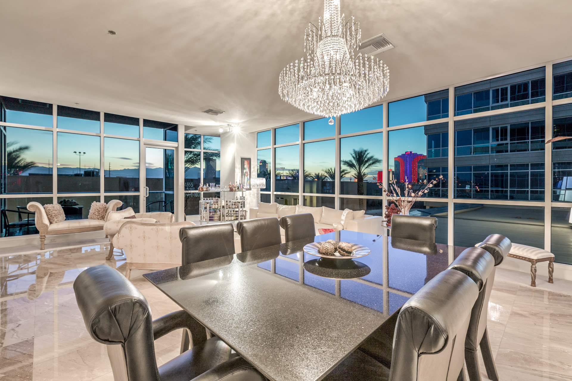 Five Key Points To Consider When Buying A Las Vegas High Rise Condo