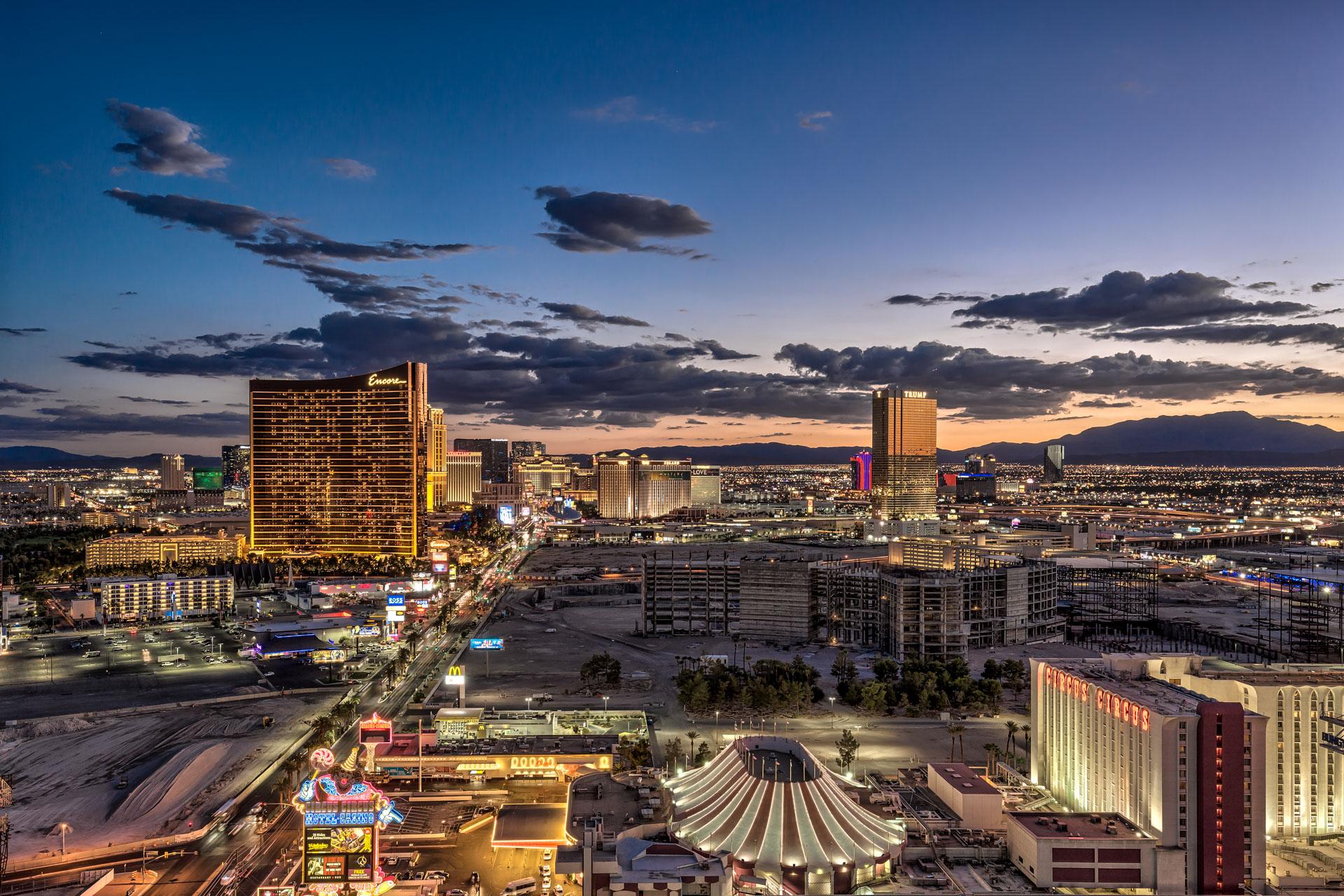 Las-Vegas-Penthouses-For-Sale-Sky