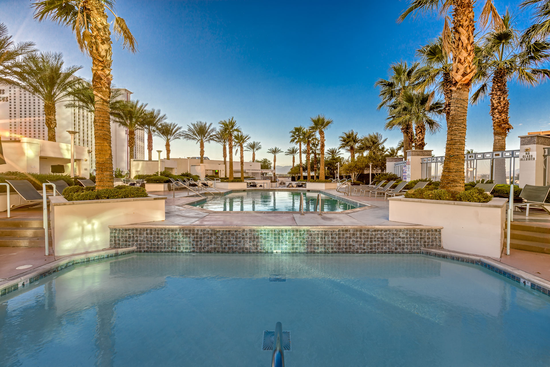 Sky-Las-vegas-condos-pool-spa-area