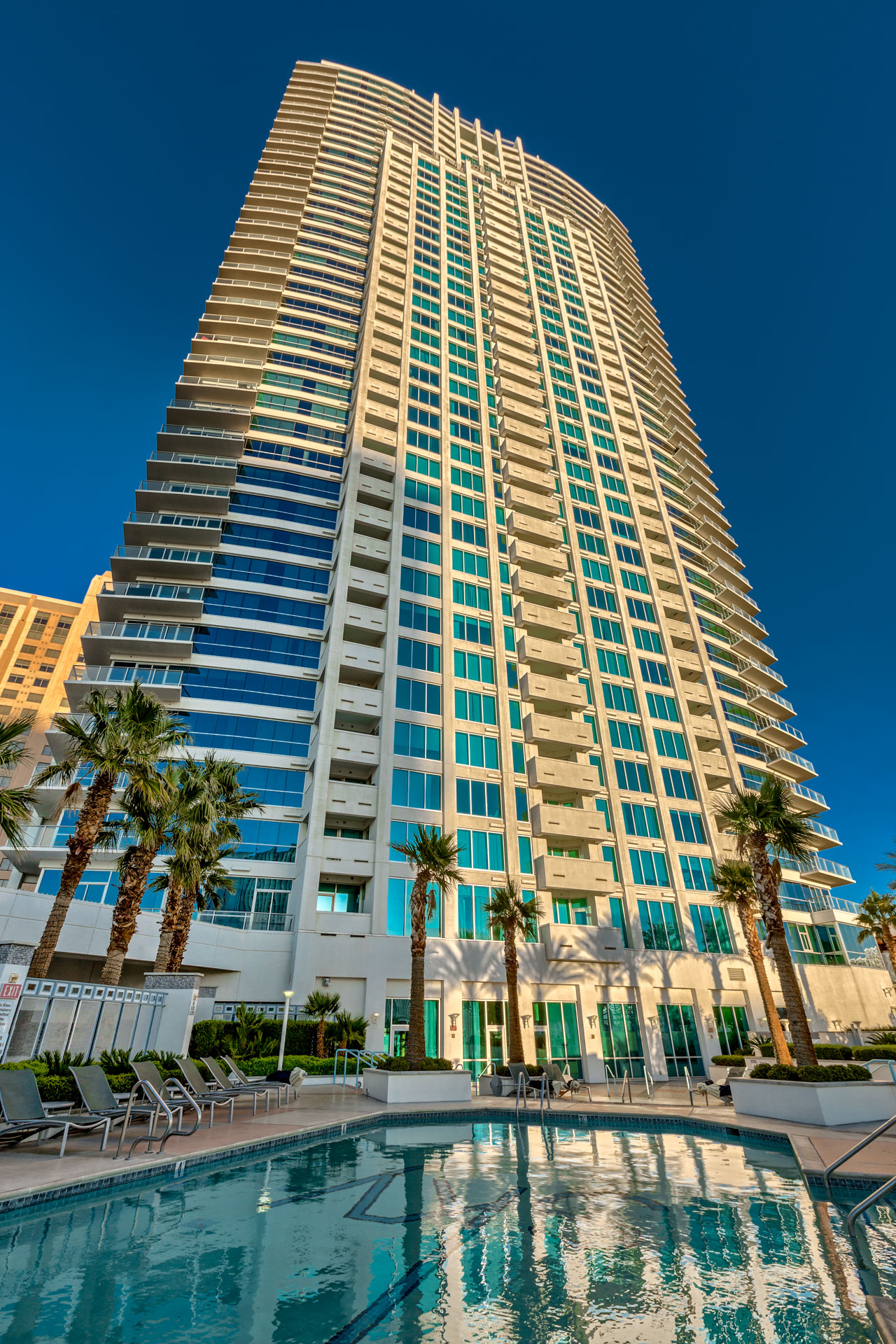 sky-las-vegas-condos-on-the-strip