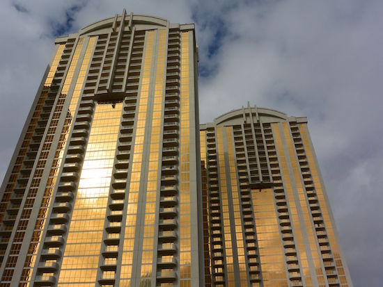 signature-mgm-condos-the-stark-team-real-estate