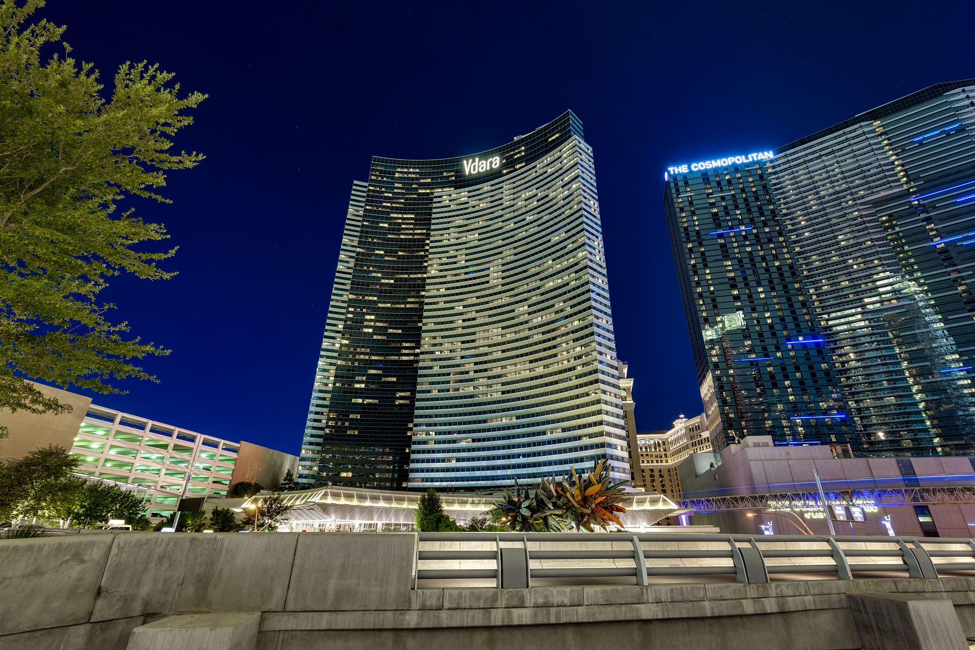Las-vegas-High-rise-condos-for-sale-vdara