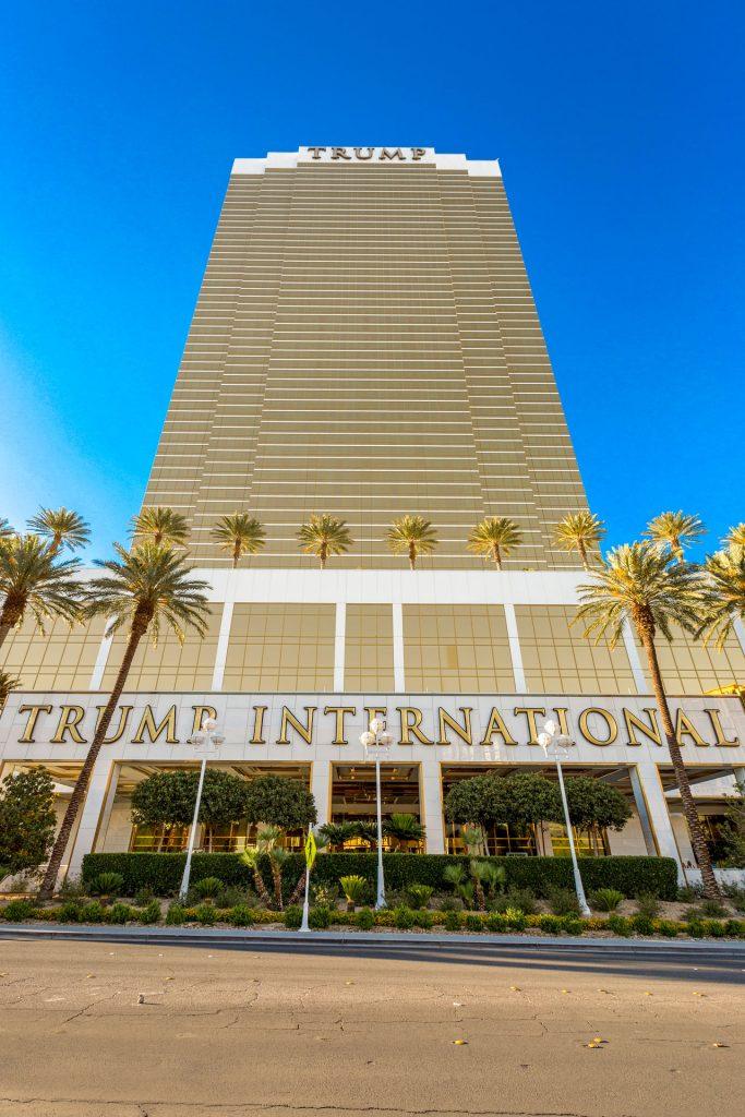 Trump-Las_Vegas_towers-Condos