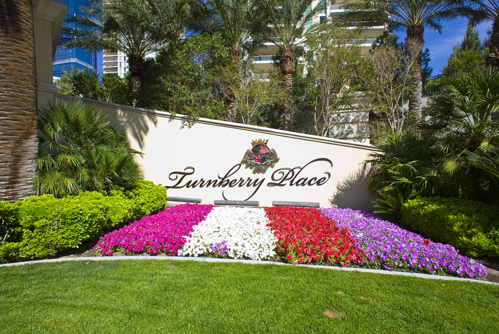 Turnberry-Place-Las-Vegas-Condos-Entry